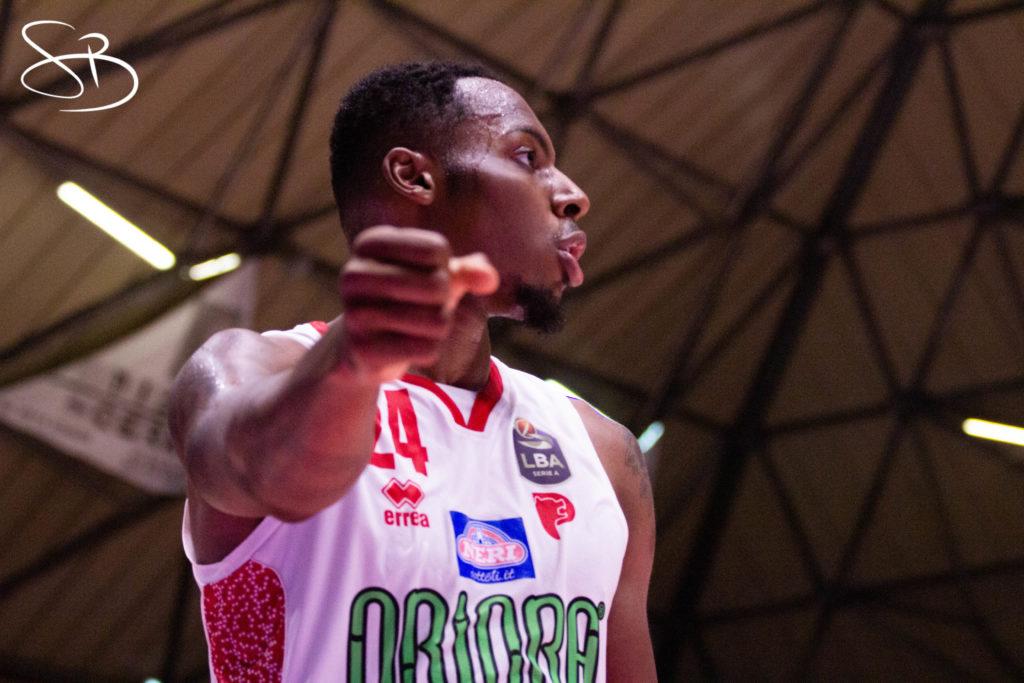Pistoia Basket 2000 rinnova Carl Wheatle con un biennale