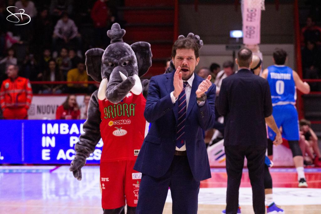 Pistoia Basket, rinnovo biennale per il vice allenatore Fabio Bongi